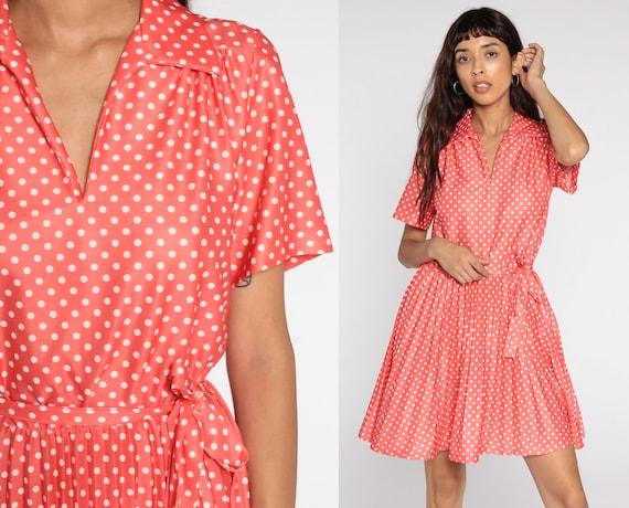Polka Dot Dress 70s Pleated High Waisted Mini Mod Dress Light Red 1970s Vintage V Neck Short Sleeve Collared Medium