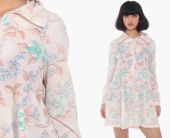 Floral Lounge Dress 70s JC Penney Robe Mod Mini Hippie Robe Dress 1970s Shift Boho Vintage Long Sleeve Pink Summer Front Zip Up Small Medium