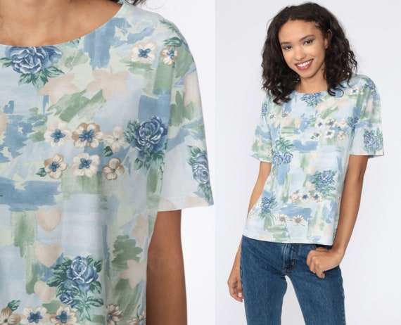 Floral T Shirt Blue Flower Shirt Retro TShirt Vintage T Shirt 90s Tee Graphic Print 1990s Medium Large