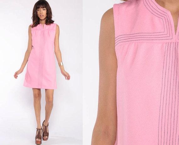 Pink Mini Dress Mod Dress Minimalist Retro 60s Shift Vintage Sleeveless Gogo Hipster Twiggy 70s Baby Pink Minidress Small Medium