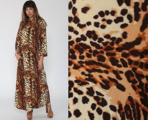 Leopard Print Dress 70s Lounge Dress Maxi Animal Dress Long Caftan Front Zip 1970s Hippie Festival Boho Vintage Long Sleeve Kaftan Small