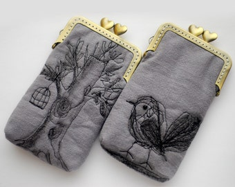 iPhone Case iPhone sleeve gadget case/Glasses Case (iPhone 13 12 Pro/Pro Max/Mini,Galaxy S21/S21+ etc.) Free Motion Embroidery Bird and tree