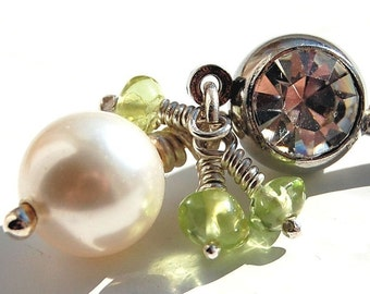 """Belly Ring / Belly Barbell/ Belly Jewelry / Swarovski Pearl and Peridot / """"Breathless"""""""