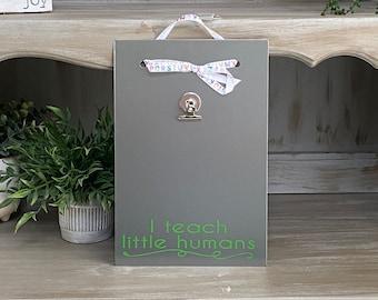 Teacher Christmas Gift - Magnetic Board - Dry Erase Board - Photo Board - Message Board - I Teach