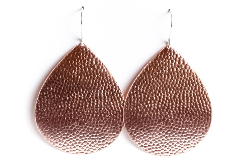 0a169cc51609c8 Large and eye-catching copper earrings with a hammered bubble   Etsy