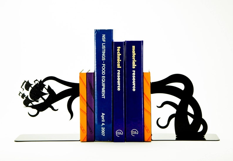 Tentacle Pirate Ship Bookends image 0