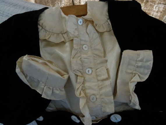 HANDSOME 3-Piece Vintage Child's Shabby Victorian