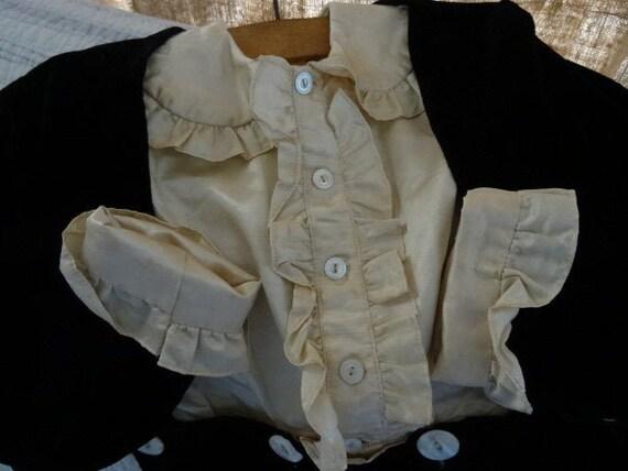 HANDSOME 3-Piece Vintage Child's Shabby Victorian