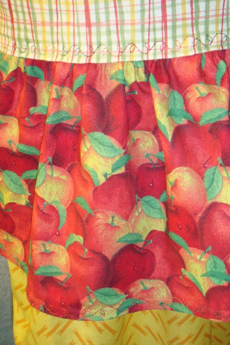 Apples And Plaid Three Tier Market Apron