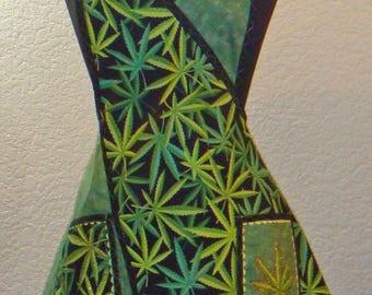 Cannabis Print Women's Full Apron