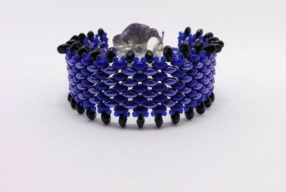 Cobalt Blue Fringe Beaded Bracelet - fits a 7 inch wrist Sku: BR1015