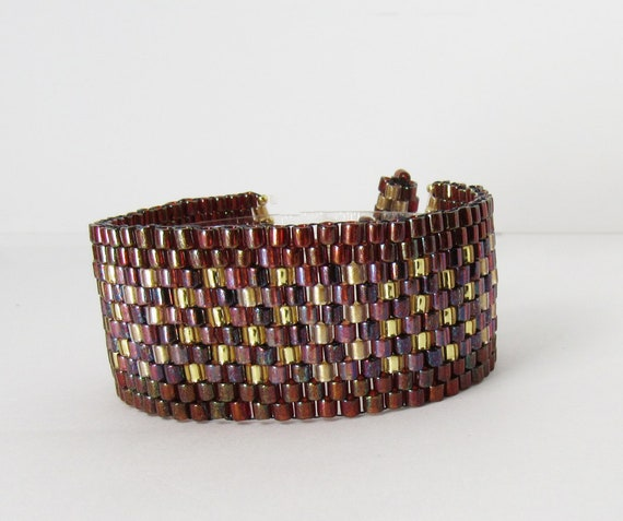 Peyote Stitch Bracelet-Dark Reds with Gold Accents SKU: BR1039