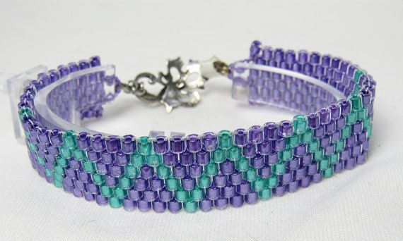 Lavender Peyote Stitch Bracelet with Accents SKU: BR02