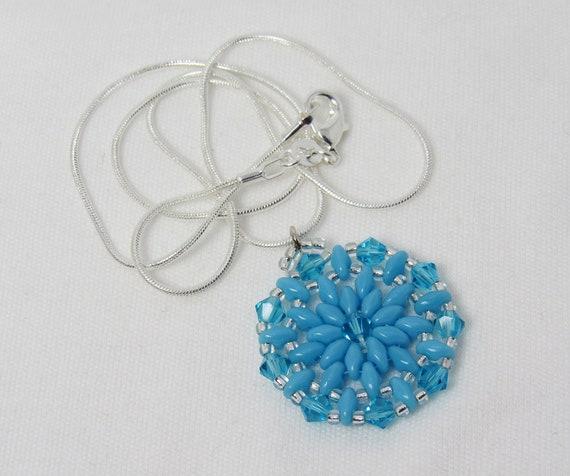 Light Turquoise & Silver Round Pendant