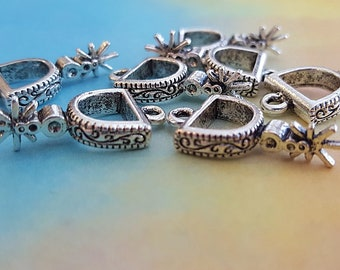 6 Spur charms antique silver tone A823