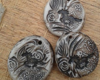 Ivory Vintage Lace - Rustic Wild Horse free-form patterned focal pendant (ready to ship)