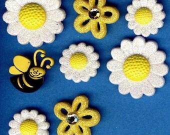 MORNING MIST Summer Spring Flowers Garden Novelty Dress It Up Craft Buttons