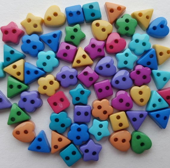 MICRO MINI YELLOW STARS Craft Buttons 1ST CLASS POST Small Baby Doll Clothes
