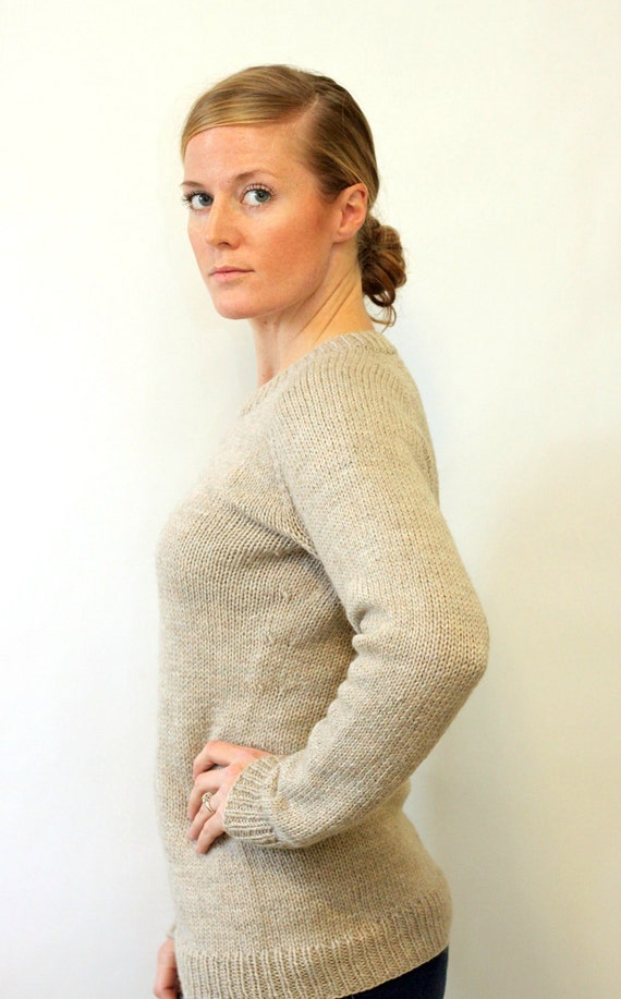 KNITTING PATTERN // Ladies Classic Raglan Pullover // top-down