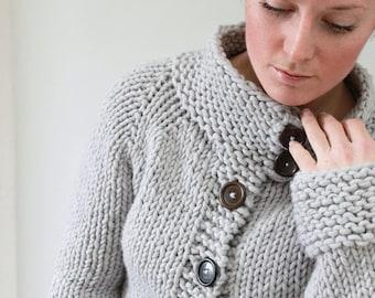 KNITTING PATTERN — Top-down super bulky sweater / Twiggy Cardigan — PDF