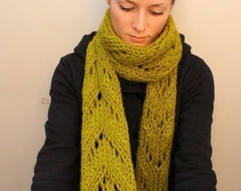 KNITTING PATTERN // Beatrice // super bulky lace scarf PDF