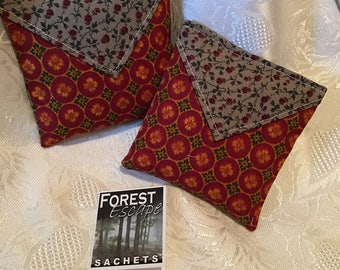 COUNTRY CABIN Sachets, familiar Sweet Pea fragrance, scented drawer sachets, 2 sachets