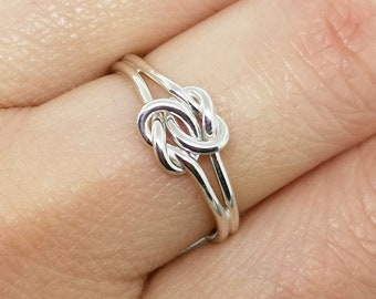 Silver double love knot promise ring for her - infinity celtic knotted ring