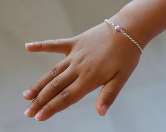 Sterling Silver Pearl Bracelet - Minimalist Bracelet - Dainty Bracelet - Gift for Her - Sister Bracelet - Best Friend Bracelet