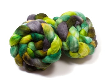 Polwarth Wool (4oz)   Combed Top / Roving for Spinning and Felting