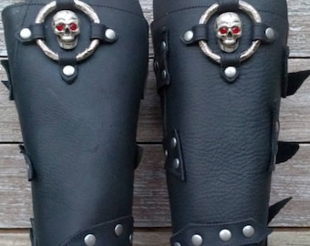 Primitive Oiled Black Leather Peaked Bracers with Skull & Antiqued Nickel Ring