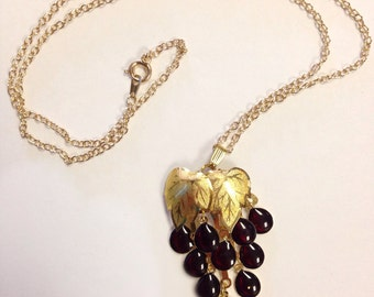 Vintage Dangle Grapes Necklace Deadstock