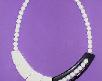 Vintage 80's Black and White Plastic Necklace DEADSTOCK