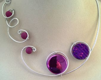PURPLE NECKLACE, Open collar necklace, Wire necklace, wire wrapped necklace, Bridesmaid necklace, Prom jewelry, Statement necklace