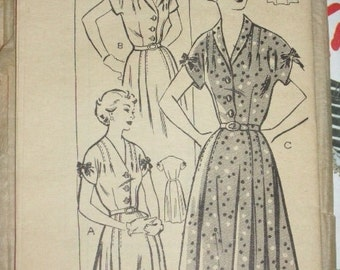 1950s, Country Gentleman Sewing Pattern 2694, bust size 40, Womens Dress and Belt, Unprinted Pattern