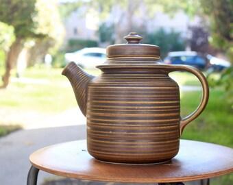Arabia Finland Kaarna teapot by Ulla Procopé