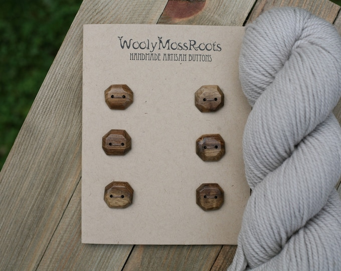 "6 Wooden Buttons in Oregon Myrtlewood {3/4""}"