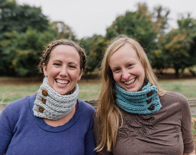 SALE! Handknit Grey Cowl : Cedar Buttons {100% Wool}