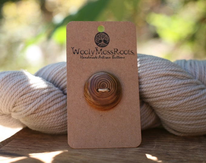 Oregon Cedar Wood Buttons