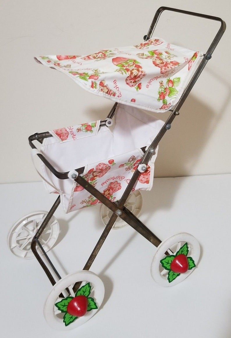 Awesome Coleco 1980S Strawberry Shortcake Baby Doll Stroller American Greetings Home Interior And Landscaping Eliaenasavecom