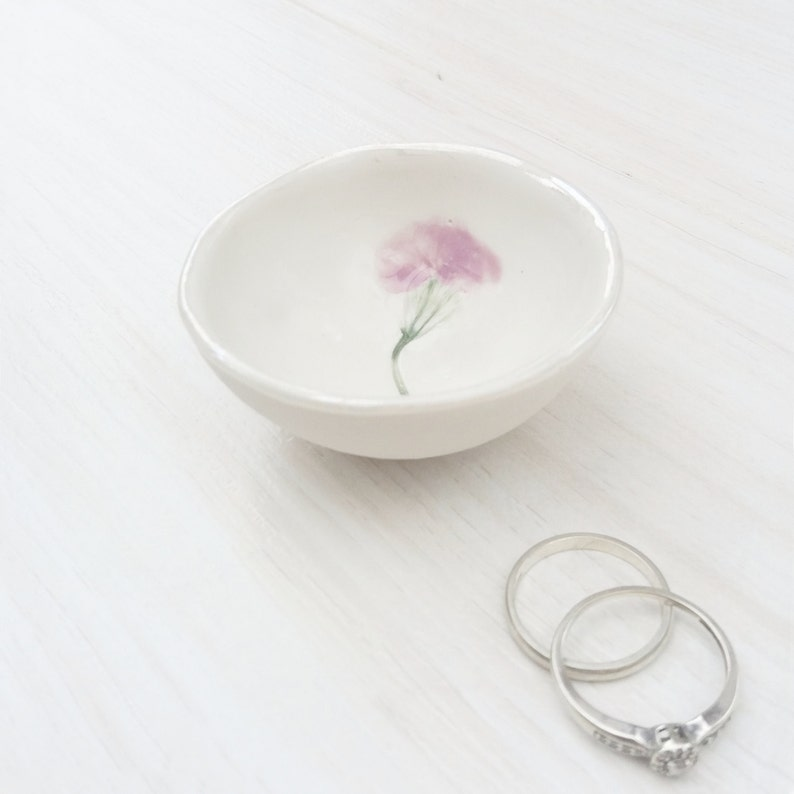 Birthday Gift for Her jewelry holder Mothers Day Gift for Mum Ring Dish Pressed Flower Jewellery Holder Ring Holder Bowl