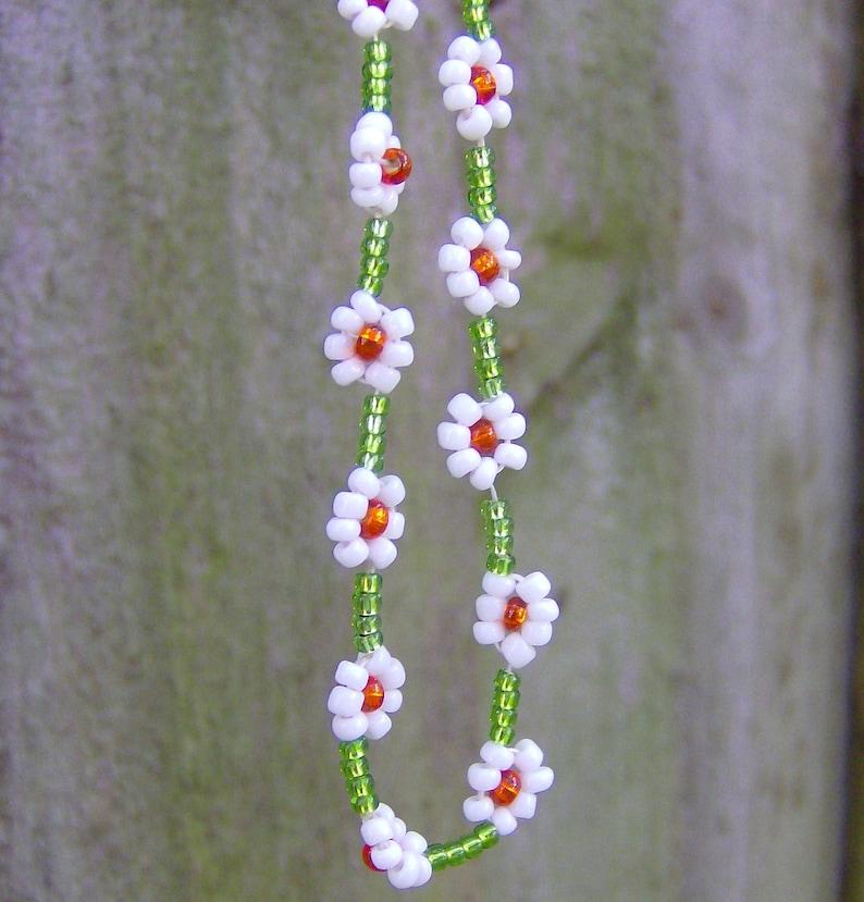 beach and tropical body jewelry the elegant bohemian glass seed beaded jewelry Boho /& hippie anklet flower child daisy chain gypsy