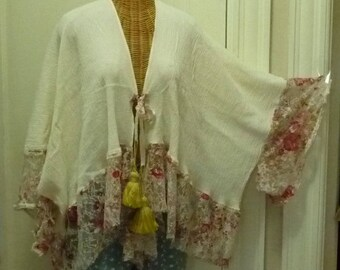 Printed Lace Kimono Duster Medium, Large, XL, Up Thru 6x, Womens One Size Lagenlook Ivory, Red, Gold, Boho Gypsy Jacket