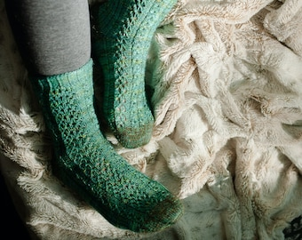 make your own Sisters Socks (DIGITAL KNITTING PATTERN) for adults