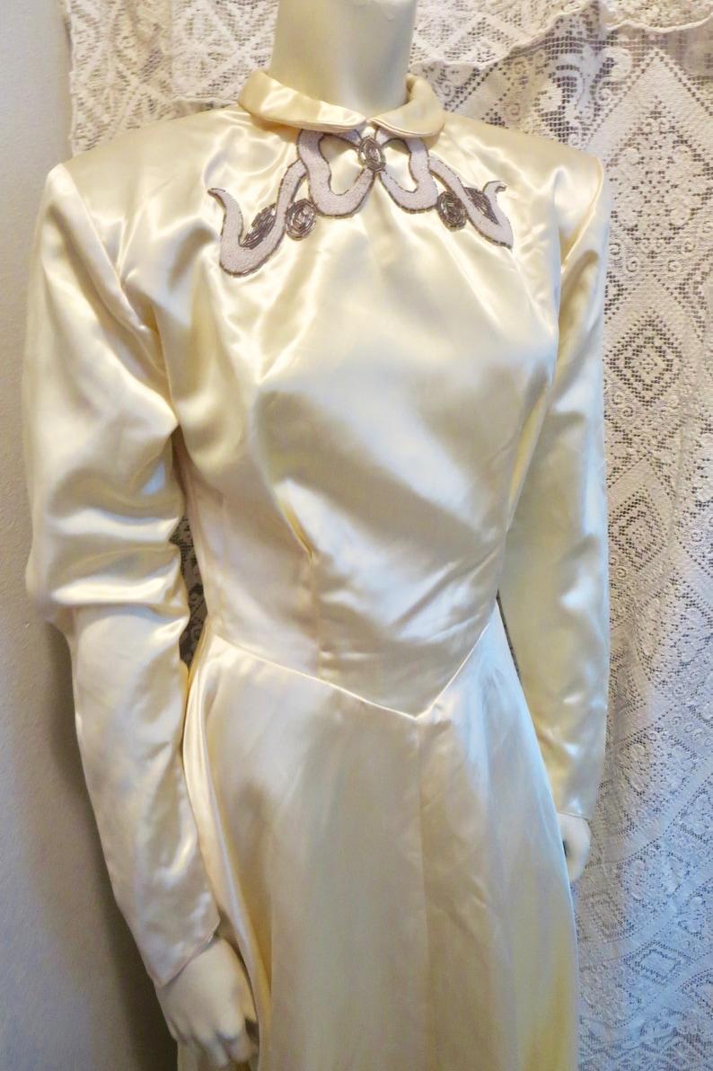 1940s WW11 Bridal Ivory Satin Trained Wedding Dress Beaded Details Gloria/'s San Jose Cal