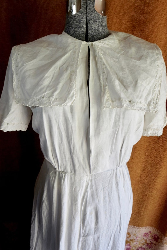 1930s Classic White Linen Tennis Dress Eyelet Trim