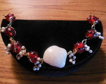 Raspberry red Bracelet