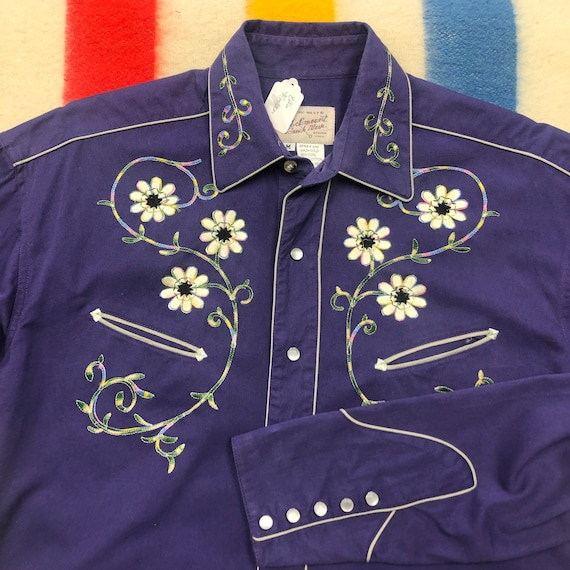 Men's Medium Vintage Embroidered Western Shirt