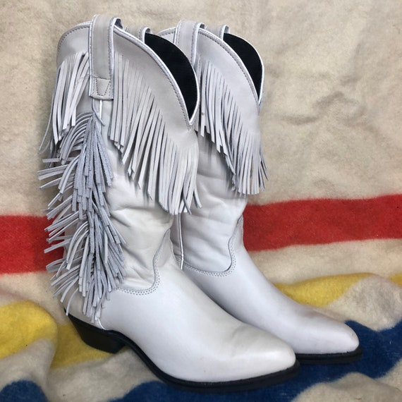 6.5 womens light gray fringed Capezio Cowboy boots