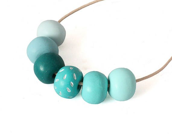Minimalist Turquoise Bead Necklace Gift for Her 0193