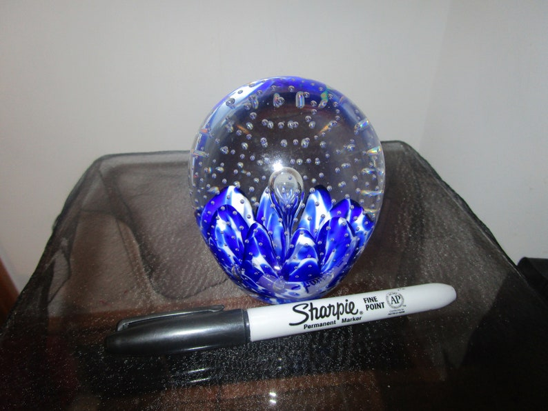 Vintage Gibson Glass  Controlled Bubbles BLUE  90/'s Large Paperweight
